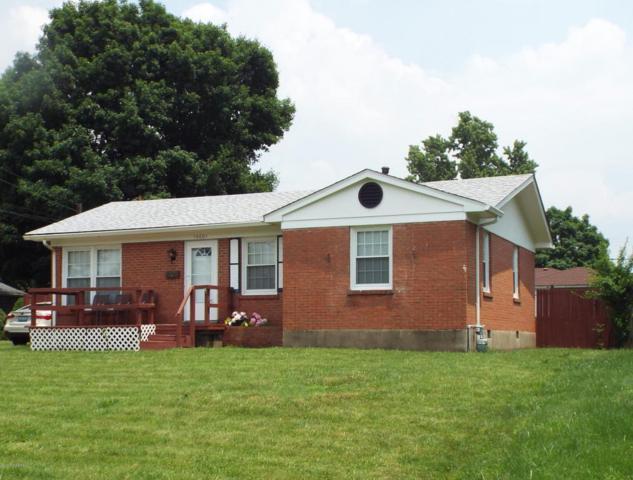 10601 Torrington Rd, Louisville, KY 40272 (#1508354) :: Team Panella