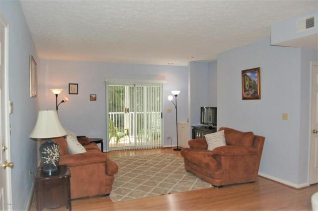 8503 Atrium Dr #4, Louisville, KY 40220 (#1508381) :: The Sokoler-Medley Team