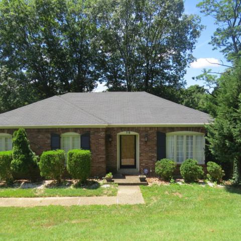 718 Fairhill Dr, Louisville, KY 40207 (#1509532) :: The Stiller Group
