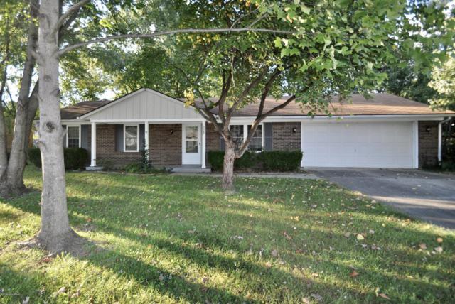 3307 Castlewood Ln, Jeffersonville, IN 47130 (#1516674) :: The Stiller Group