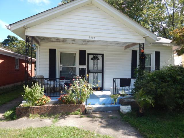 3525 Craig Ave, Louisville, KY 40215 (#1516890) :: Segrest Group
