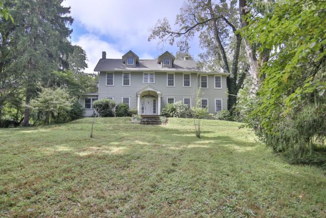 902 Bellewood Rd, Louisville, KY 40223 (#1516917) :: The Stiller Group