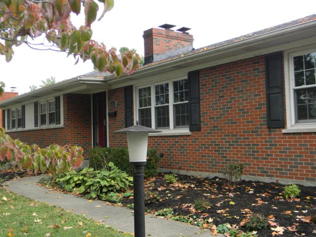 1817 Wesley Ave, Louisville, KY 40220 (#1517262) :: Team Panella