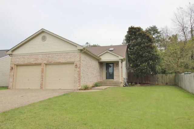 10107 Park Lake Dr, Louisville, KY 40229 (#1517285) :: Impact Homes Group
