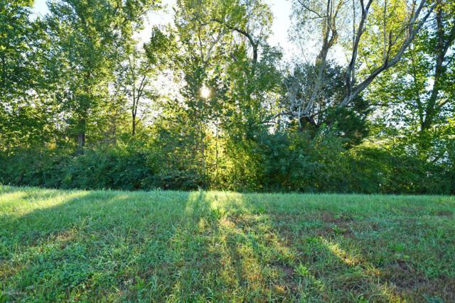 12501 Poplar Woods Dr, Goshen, KY 40026 (#1517434) :: Keller Williams Louisville East