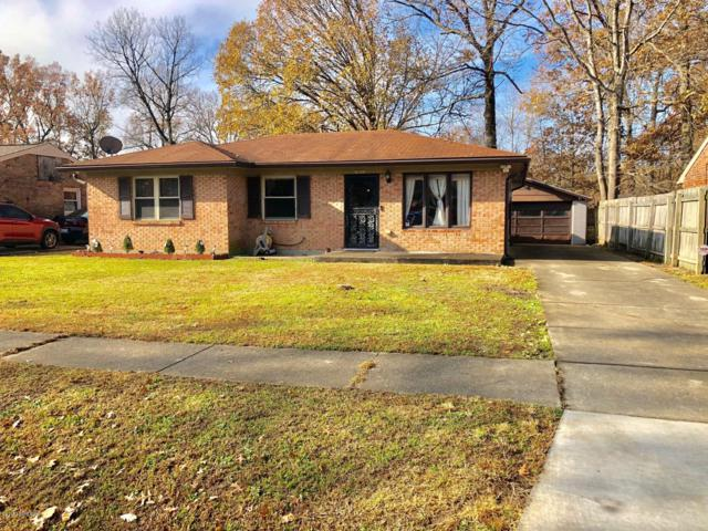 8218 Candleglow Ln, Louisville, KY 40214 (#1519987) :: At Home In Louisville Real Estate Group