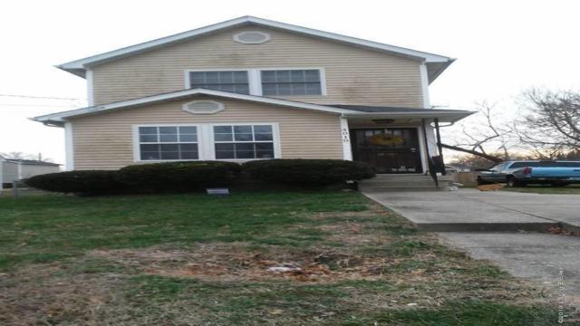 4010 Grand Ave, Louisville, KY 40211 (#1522528) :: Segrest Group