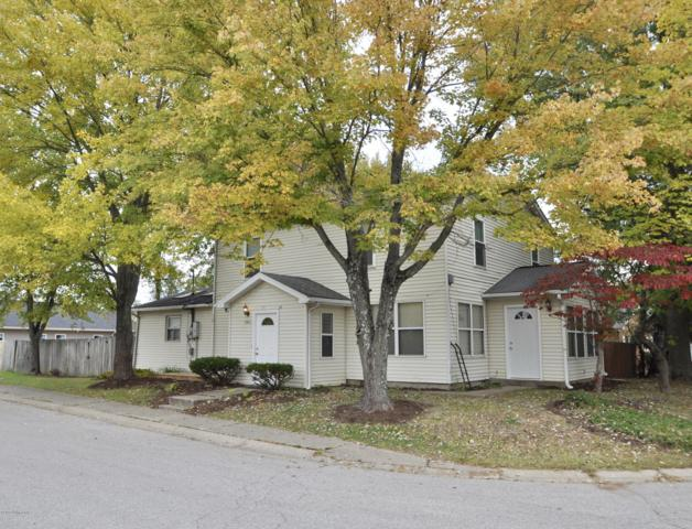 3502 Wabash Ave, New Albany, IN 47150 (#1522808) :: Segrest Group