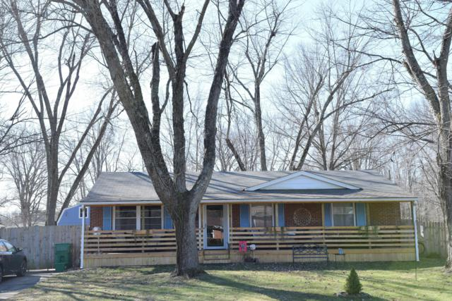 6612 North Dr, Louisville, KY 40272 (#1523973) :: The Sokoler-Medley Team