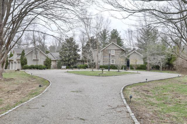 12401 Lucas Ln, Louisville, KY 40223 (#1526974) :: At Home In Louisville Real Estate Group