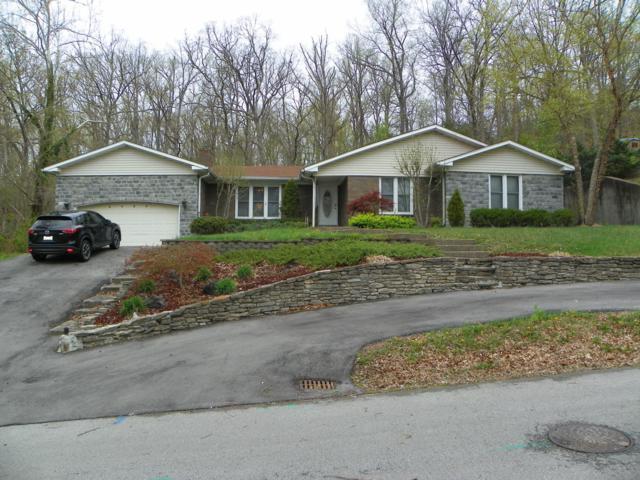 2909 Windsor Forest Dr, Louisville, KY 40272 (#1529231) :: Team Panella