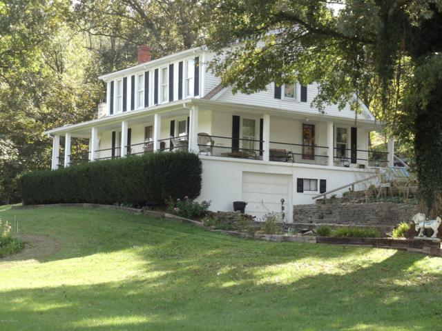 6100 Routt Rd, Louisville, KY 40299 (#1529783) :: At Home In Louisville Real Estate Group