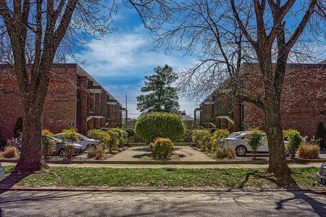 1040 Cherokee Rd E2, Louisville, KY 40204 (#1529994) :: Keller Williams Louisville East
