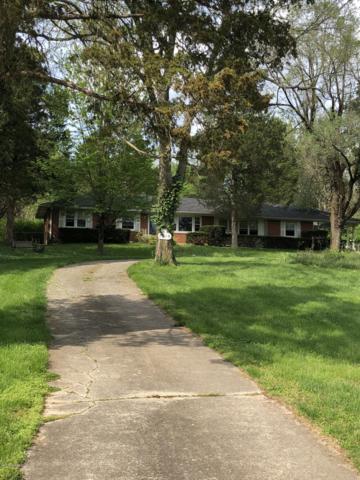 7510 Cedar Creek Rd Rd, Louisville, KY 40291 (#1530219) :: Segrest Group