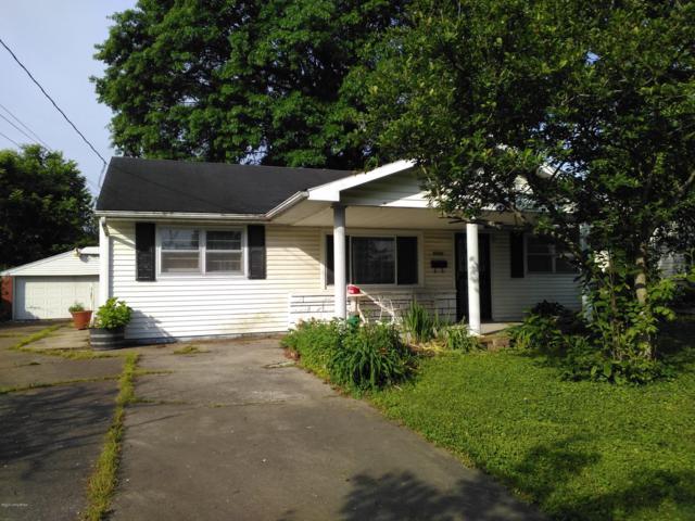 6906 Welford Ave, Louisville, KY 40272 (#1532401) :: The Sokoler-Medley Team