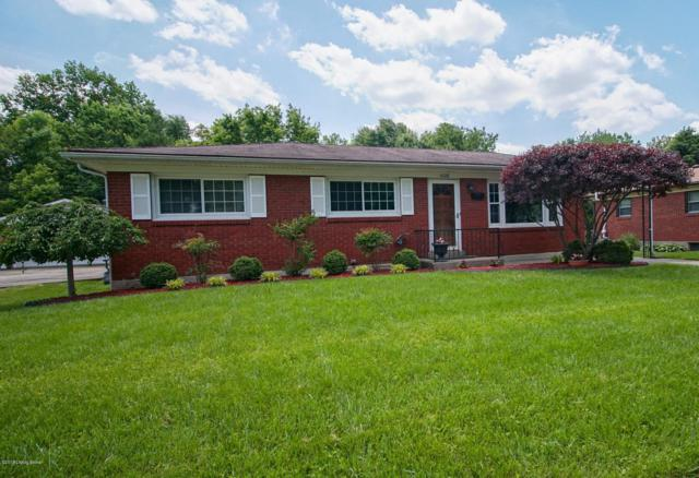 4228 Lynnbrook Dr, Louisville, KY 40220 (#1532476) :: The Sokoler-Medley Team