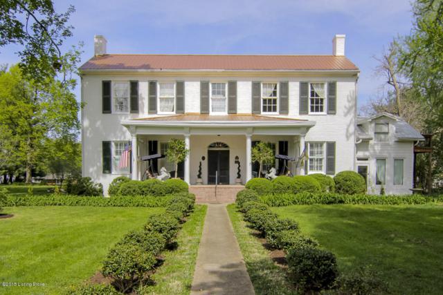 2227 Bashford Manor, Louisville, KY 40218 (#1534886) :: The Sokoler-Medley Team