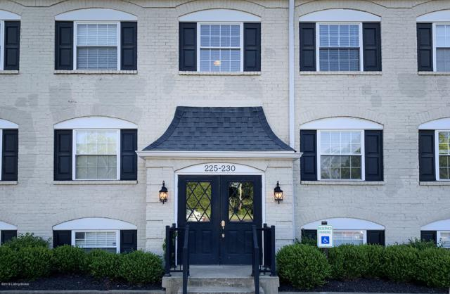 228 Middletown Square, Louisville, KY 40243 (#1535242) :: The Price Group