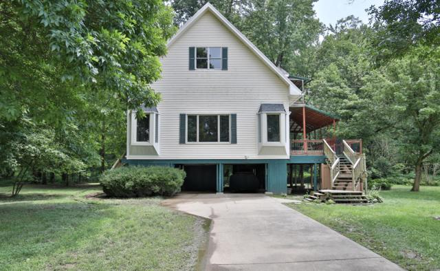 1605 Riverside Dr, Prospect, KY 40059 (#1535357) :: The Price Group
