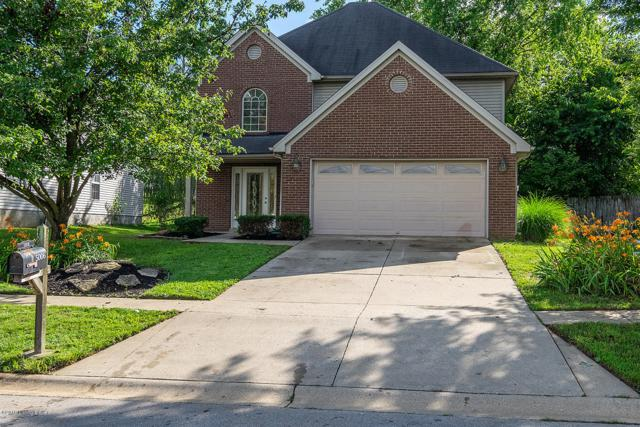 5006 Middlesex Dr, Louisville, KY 40245 (#1535768) :: The Stiller Group