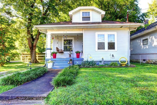 1406 Oakwood Ave, Louisville, KY 40215 (#1537629) :: The Stiller Group