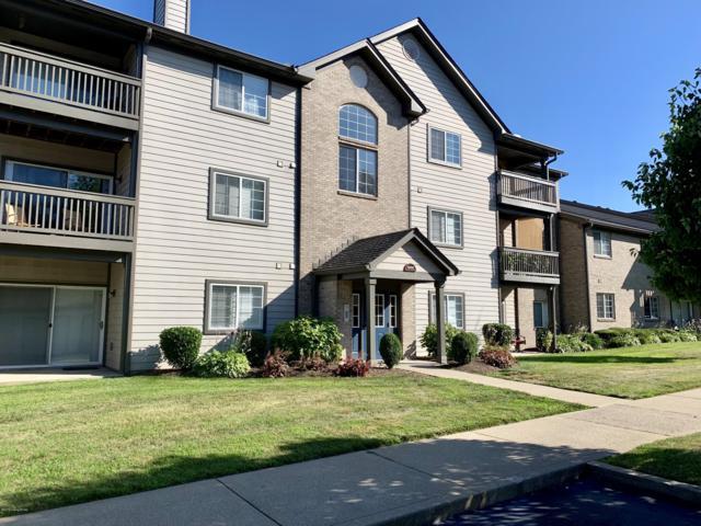 10502 Southern Meadows Dr #304, Louisville, KY 40241 (#1537817) :: Keller Williams Louisville East