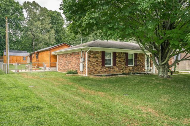 348 Lynnwood Dr, Mt Washington, KY 40047 (#1537836) :: Keller Williams Louisville East