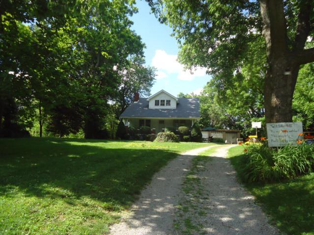 14607 Old Taylorsville Rd, Louisville, KY 40299 (#1538188) :: Team Panella
