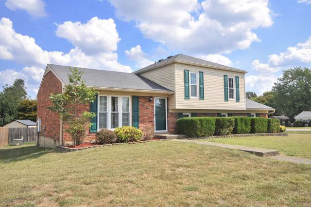 8219 Chickering Way, Louisville, KY 40228 (#1543716) :: Team Panella