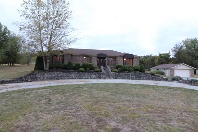 2234 Greenbriar Rd, Mt Washington, KY 40047 (#1545391) :: The Price Group