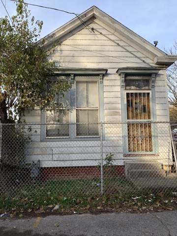 2321 Garfield Ave, Louisville, KY 40212 (#1548030) :: The Sokoler-Medley Team