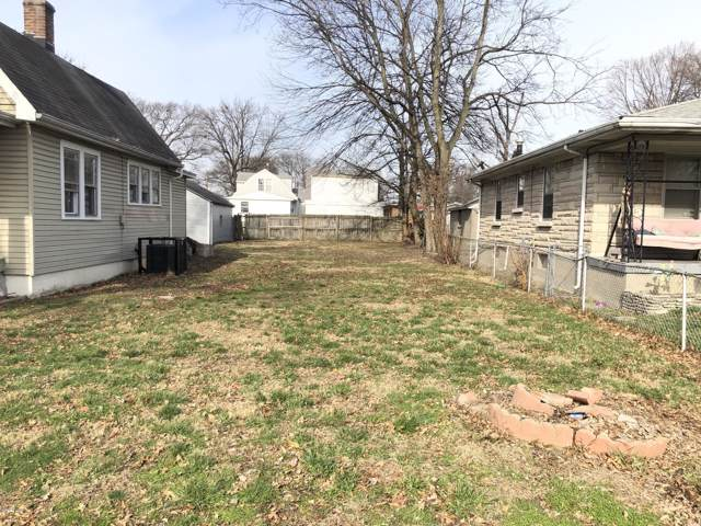 949 W Florence Ave, Louisville, KY 40203 (#1551842) :: The Stiller Group