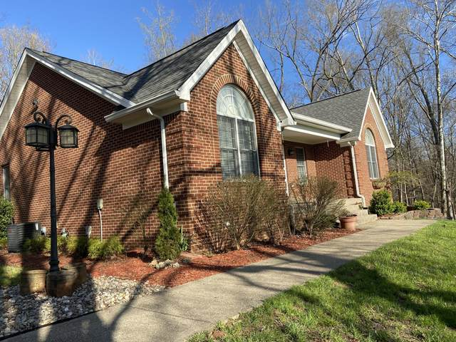 17860 Deertrace Ln, Louisville, KY 40023 (#1556611) :: The Sokoler-Medley Team