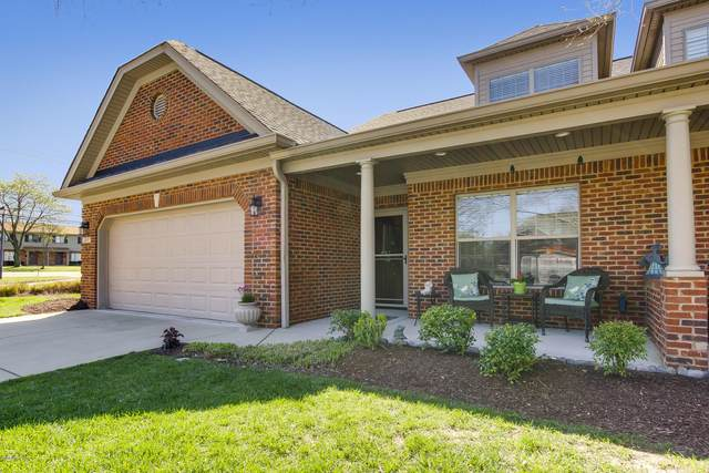 3217 Brittany Pointe Ln, Louisville, KY 40220 (#1556627) :: The Sokoler-Medley Team