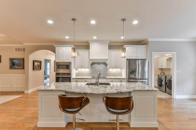 15004 Tradition Dr, Louisville, KY 40245 (#1556903) :: At Home In Louisville Real Estate Group