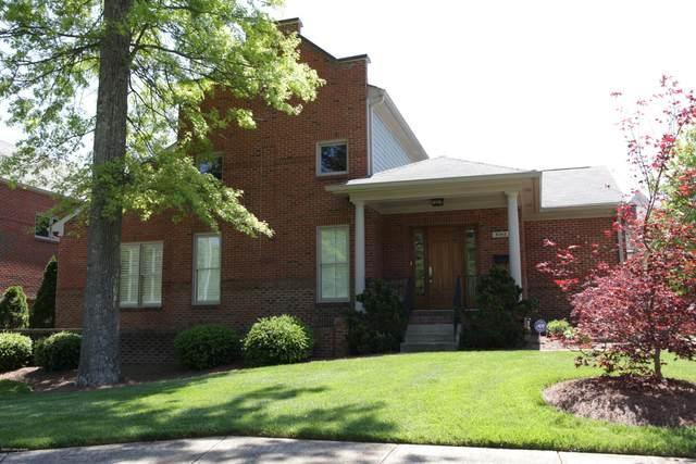 4068 Massie Ave, Louisville, KY 40207 (#1559438) :: The Sokoler-Medley Team