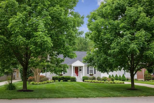 4111 Dellridge Dr, Louisville, KY 40207 (#1560063) :: The Price Group