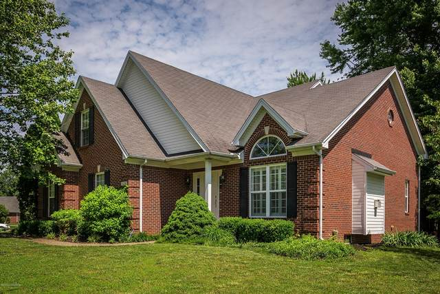 3226 S Winchester Acres Rd, Louisville, KY 40223 (#1560593) :: Team Panella
