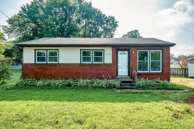 9107 New Maple Rd, Louisville, KY 40229 (#1562606) :: The Stiller Group