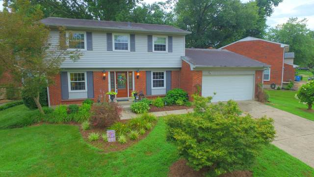 10104 Clearcreek Way, Louisville, KY 40223 (#1565257) :: Team Panella