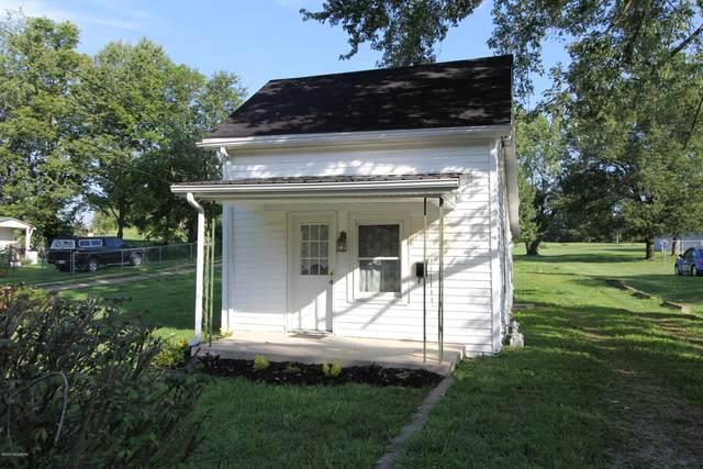 109 Ballard St, Lawrenceburg, KY 40342 (#1567057) :: Team Panella