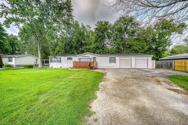 335 Evergreen St, Shepherdsville, KY 40165 (#1568687) :: The Price Group