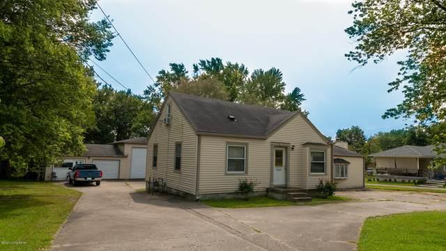7241 Southside Dr, Louisville, KY 40214 (#1569664) :: The Stiller Group
