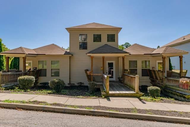 345 Kenilworth Rd, Louisville, KY 40206 (#1569806) :: The Sokoler-Medley Team