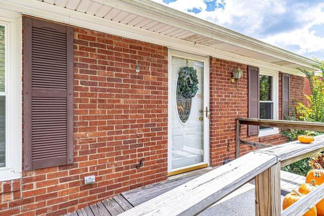5107 Sprucewood Dr, Louisville, KY 40291 (#1570788) :: The Price Group