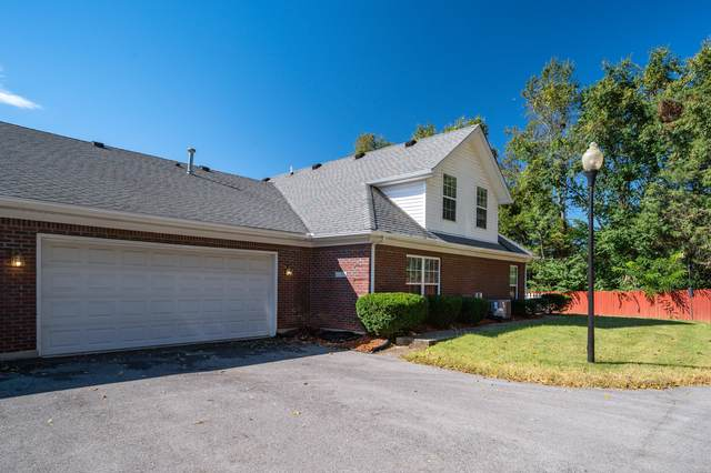 6100 Apple Creek Rd, Louisville, KY 40219 (#1571000) :: The Price Group