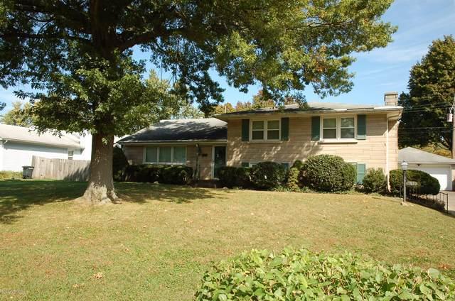 1811 Wesley Ave, Louisville, KY 40220 (#1571215) :: The Sokoler Team