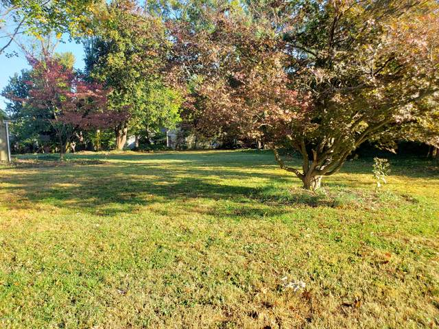 407 A Club Ln, Rolling Fields, KY 40207 (#1571579) :: Impact Homes Group