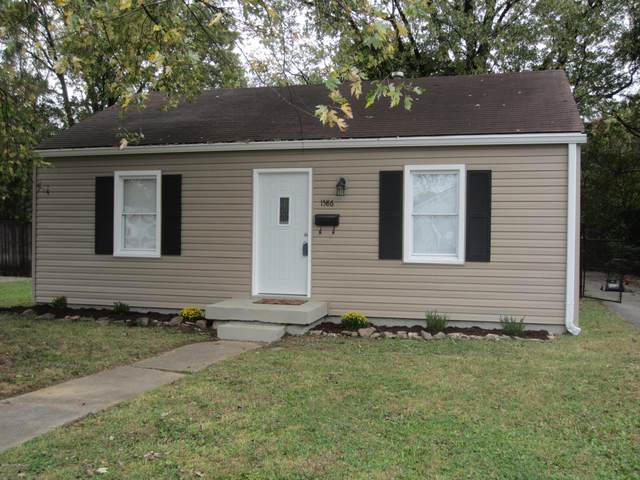 1586 Loney Ln, Louisville, KY 40216 (#1572537) :: The Stiller Group