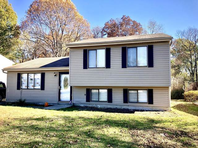 5813 Janet Lee Dr, Louisville, KY 40291 (#1573677) :: Impact Homes Group